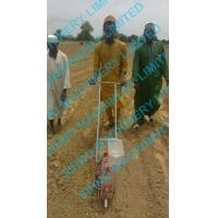 Quality hand pushing corn and beans seeder for sale
