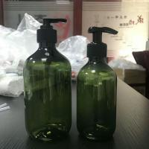 Quality 300ml 500ml custom Cream Shower Gel Liquid  Lotion Cosmetic PET Plastic Empty Body Wash bottle for sale