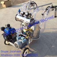 Quality Gasoline-Vacuum Pump Dual-Typed Double Bucket Portables Milking Machine, Double Motor for cow and goat,easy handle for sale