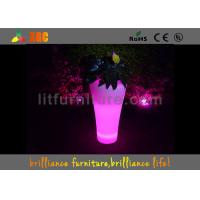 Quality Outdoor LED Flower Pots With PE Material , Remote Control Battery Led Lighted Planters for sale