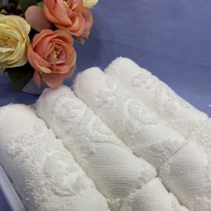 Quality Hemmed 30x30cm Airline Jacquard Towel for sale