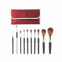 Quality Kabuki Makeup Kit with Wooden Handle for sale