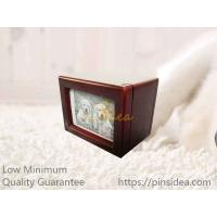 China Best Seller Mahogany Color Photo Frame Wood Pet Urn Boxes, Small Order, Engravable, Quality Guarantee. on sale