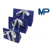 China Personalized paperboard gift wrapping boxes decorated Ribbon and Knob on sale