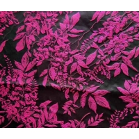 Quality Upholstery Fabric Jacquard Yarn-dyed Leaves H/R 25.0cm 340T/100% P/150gsm for sale