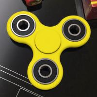 Quality Deep Groove Ball Bearing 608 ZZ Tri Spinner Fidget Toy With ABS Plastic Frame Body for sale