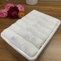 Quality Hemmed Disposable Oshibori Towels for sale