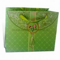 Quality Paper Gift Bag with Glossy Lamination and Offset Printing, OEM Orders are Welcome for sale