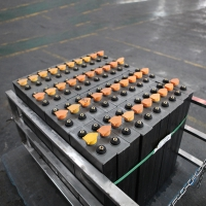Quality PzS 2V Forklift Traction Battery for sale