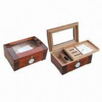 Quality Cigar Humidor with High-glossy Finish and Logo On Top for sale