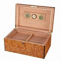 China Wooden Cigar Humidor Case on sale
