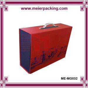 Quality Cardboard paper box with plastic handle, custom printing clothing storage box ME-MG032 for sale