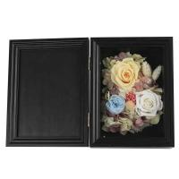 China Colorful Dried Flower Photo Frame Eco Friendly Great For Christmas Decoration on sale