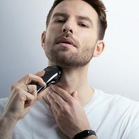 Quality LCD Display Rechargeable Electric Shaver / Rechargeable Trims Shaver Washable Body for sale
