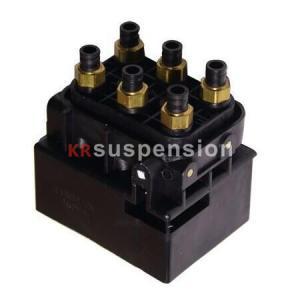 Quality 95535890300 7L0698014 7P0698014 AUDI Air Suspension Parts Q7 Cayenne Touareg Valve Block for sale