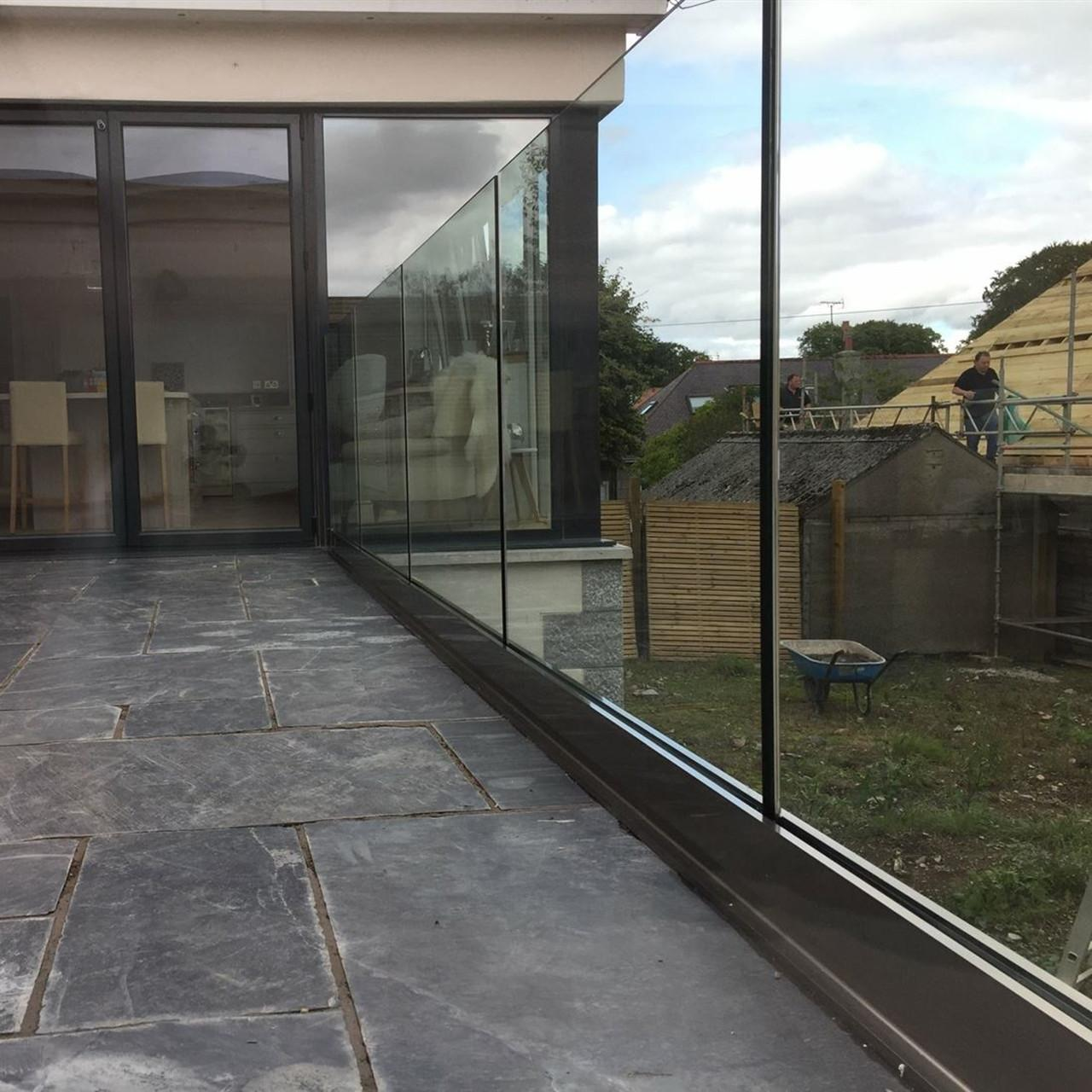 Quality frameless glass balustrade channel in aluminum for deck use for sale