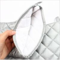 Quality OEM Service Durable Silver Oven Mitts Cotton Material  Customized Patterns for sale