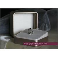 China New design and attractive plastic ring  boxes on sale
