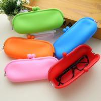 China Hot selling jelly make up bag glass bag silicone coin holder purse on sale