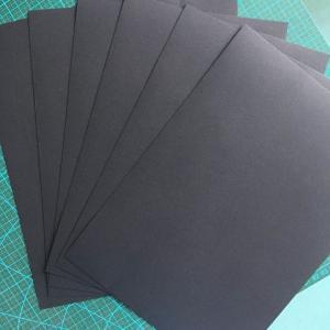 China 350gsm / 450gsm Fade Resistant 889*1194mm Cardboard Kraft Paper on sale