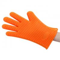 Buy Non Toxic Silicone Baking Set Size Customized Heart Shaped Silicone BBQ Gloves at wholesale prices