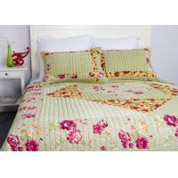 Quality Embroidered Velvet Quilted Bedspread , Straight Lines 3pcs Cotton Quilts And Coverlets for sale