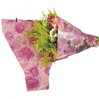 China Pink Roses Printing BOPP Pearlized Flower Bouquet Sleeves for Chocolate Gifts Packaging on sale