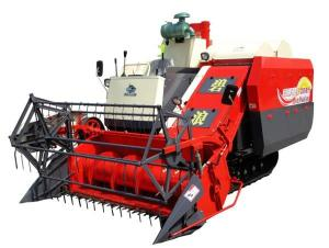 Quality 2M Width 90hp Agriculture Combine Harvester , 2400rpm Wheat Harvestor for sale