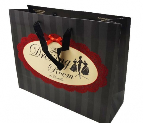 Buy PRODUCTS Paper Gift Bags Wholesale Paper Gift Bag at wholesale prices