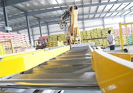 Buy Robotic Bag Palletizer at wholesale prices